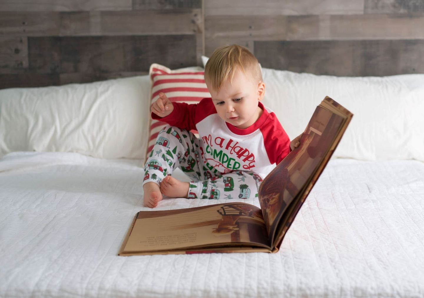 Target | Old Navy | Nordstrom | Gap | Pottery Barn | The Best Holiday Pajamas for Toddlers featured by top DC mommy blogger Baby Castan On Board