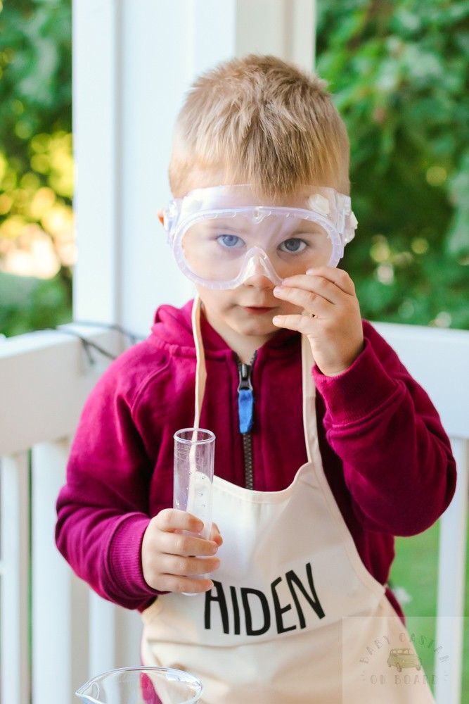 Three Easy Science Experiments for Toddlers to Try This Fall