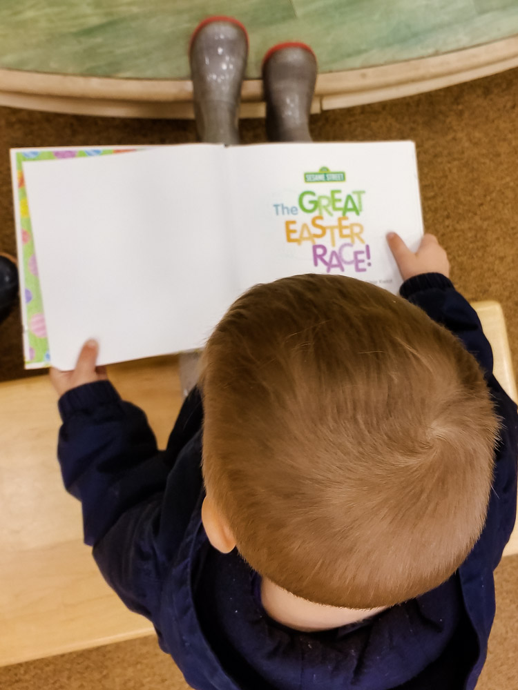 Best Easter Books for Toddlers on Amazon featured by top US mom blog, Baby Castan on Board: image of The Great Easter Race
