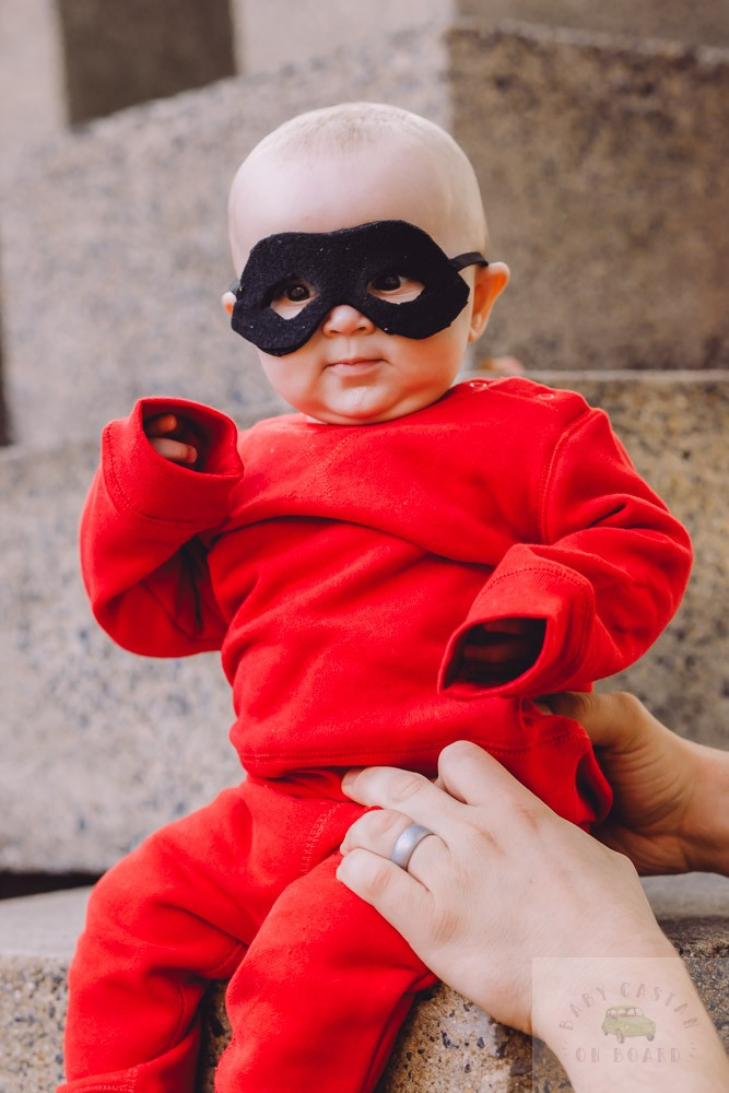 How to Make DIY Incredibles Costumes for Siblings featured by top US mommy blog, Baby Castan on Board