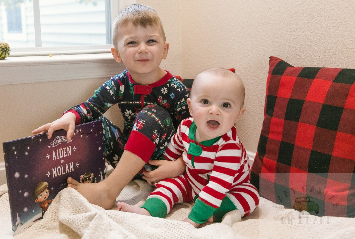 A Round Up of the Cutest Holiday Pajamas for Siblings