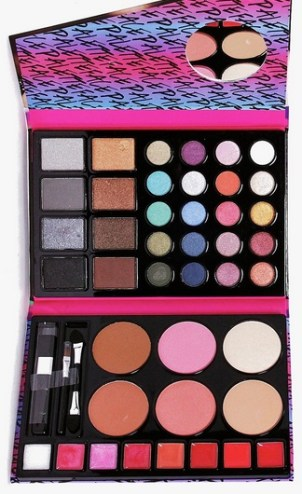 http://www.boohoo.com/new-in-accessories/full-face-palette-gift-set/invt/dzz67239