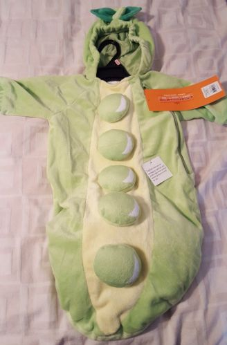 Peapod infant bunting/ costume 0-6 months new with tags