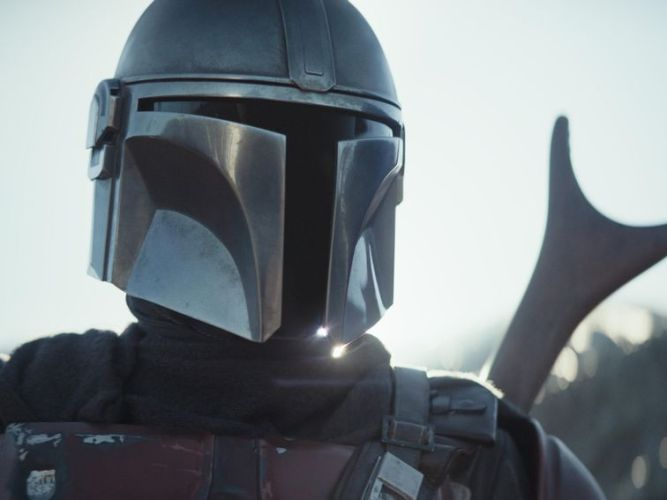 The Mandalorian on Disney Plus: Our biggest WTF questions from episode 1 - CNET