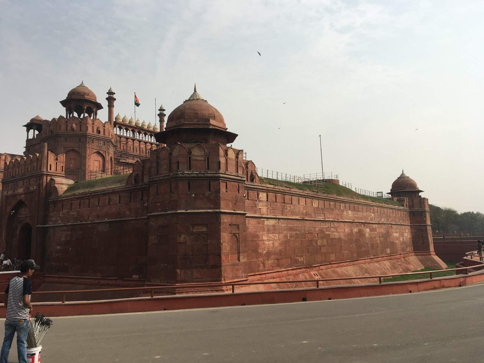 red fort, new delhi exterior