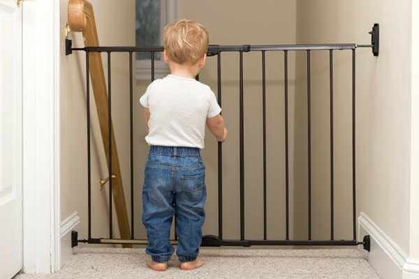 Best Baby Gates For Stairs 2019 Top And Bottom
