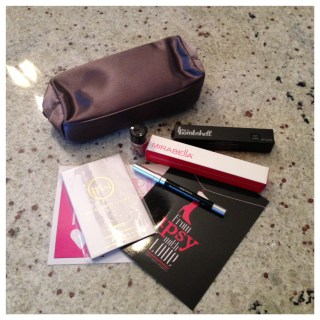 Ipsy December 2012 Bag {Review}