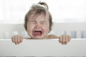 Bebê agressivo