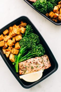 MEAL PREP - Lemon Roasted Salmon with Sweet Potatoes and Broccolini - an easy way to heat healthier without cooking every single day. Great for lunches or busy weeknight dinners! #mealprep #lemonroastedsalmon | Littlespicejar.com