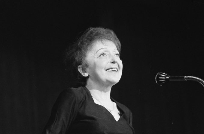 French Music and Cinema: Edith Piaf's songs in English-speaking movies