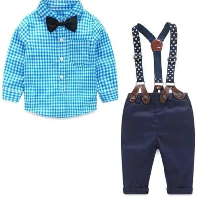Conjunto elegante azul