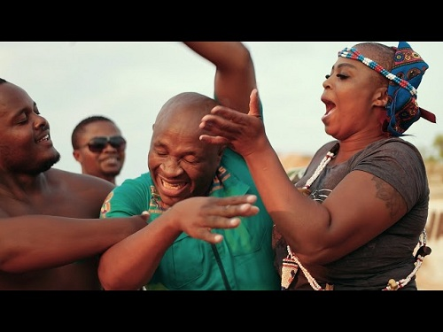 VIDEO: Dr Malinga – Angilalanga Izolo ft. Josta
