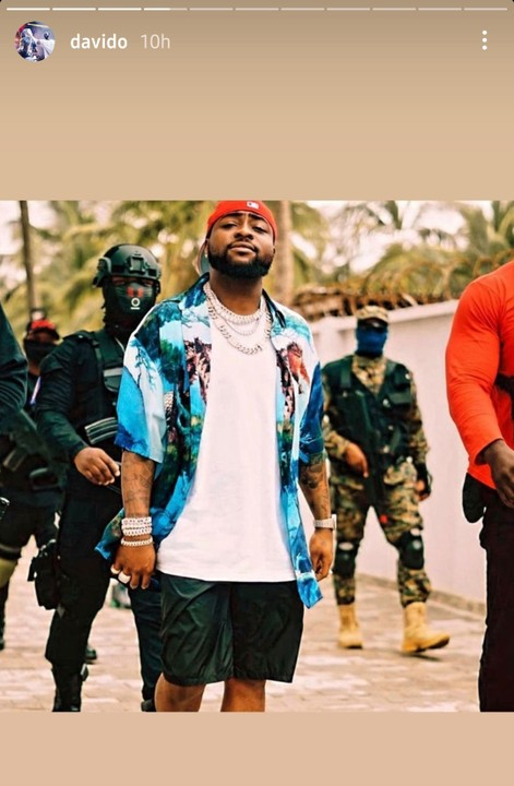 Davido Steps Out In Style With His Security Men To Lagos Island Beach (Photos)