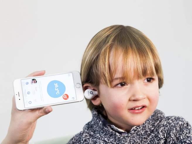 thermometre connecte oblumi oreille