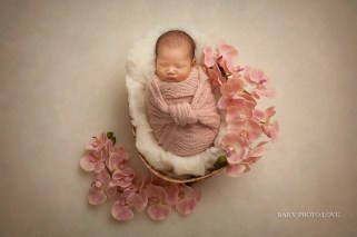 Newborn Photo Session | One Month Birthday | Hudson, OH Baby Photography