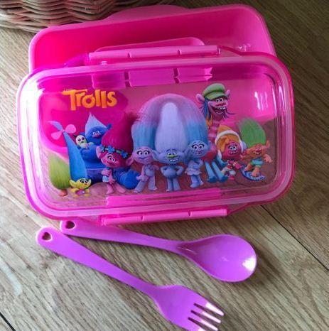กล่องอาหาร Trolls Lunch Box