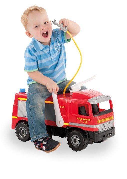 Veliki kamion vatrogasac