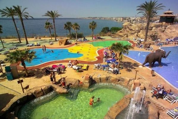 piscinas del hotel