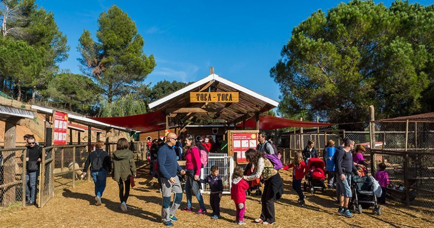 Parque de aventura y Granja Escuela cerca de Barcelona