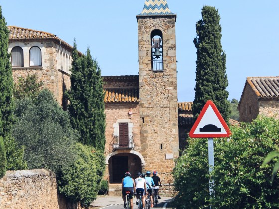 Bacchus Travel Catalonia Bikes Medieval Village