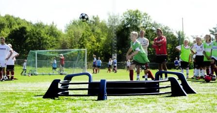 Footballmasteren i bruk på Milan Youth Academy i Stavern for store og små.