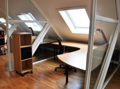TeamConsulting ~ spesial designede arbeidsborde / special design workingdesk