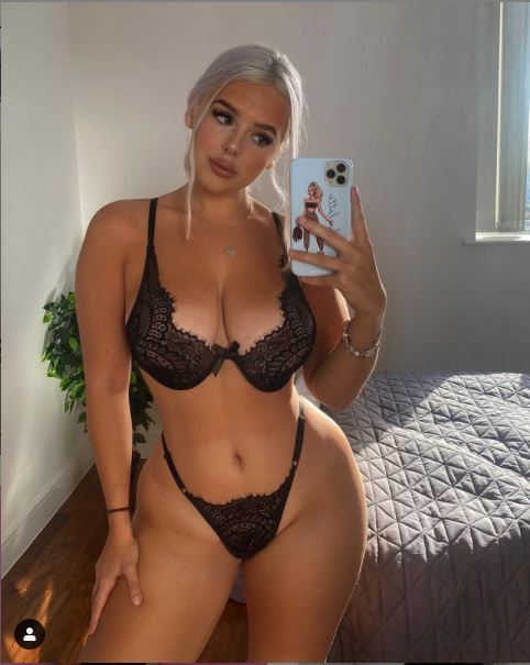 thick instagram models
