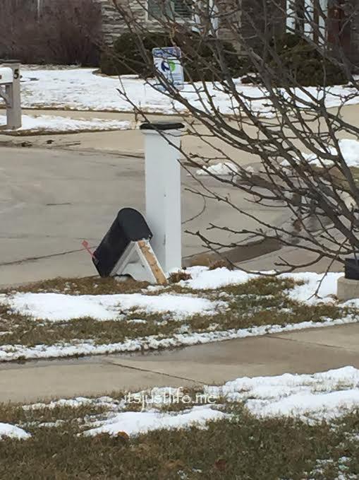 mailboxdown