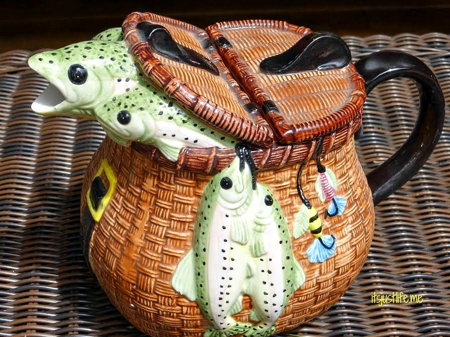 Fishing teapot