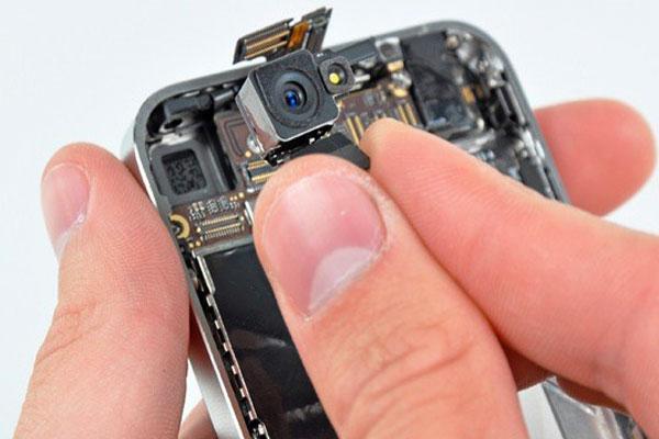 Thay camera sau iPhone 5 – Thay camera sau