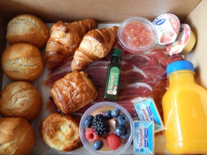 "Spanish breakfast 16  <div class=""j-module n j-text"">200ml</div>"