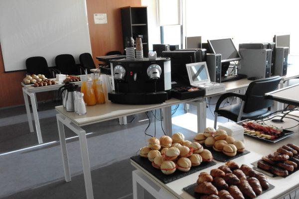 desayunos de empresa con café