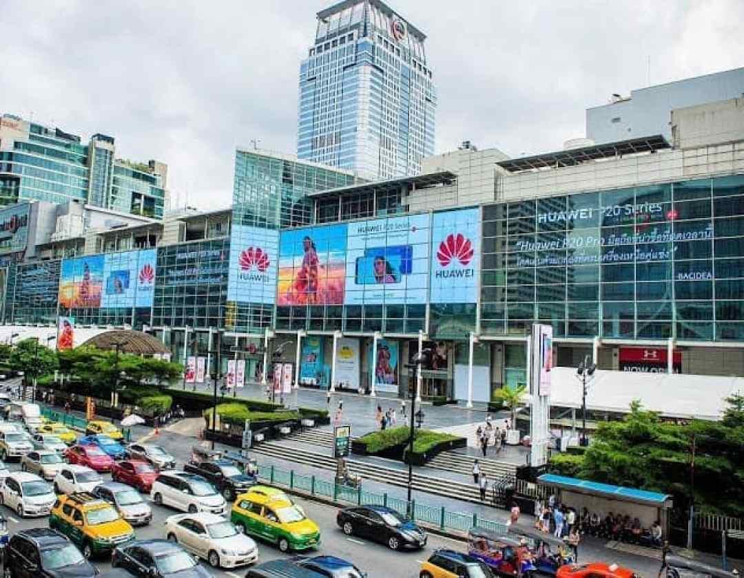 - 35072656 10216949745282034 8372237951194628096 o  2 - จดบันทึกการมีชื่อขึ้นบนจอ Digital Billboard ที่ใหญ่ที่สุดในโลกกับ Huawei ณ Central World