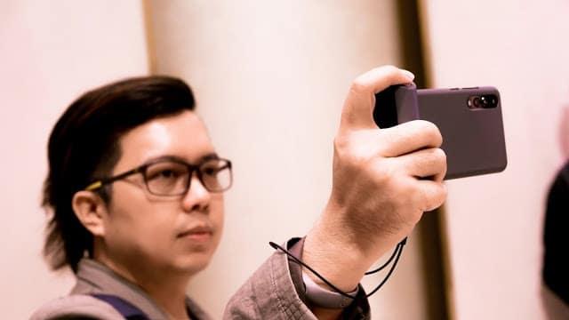 - DSC01179  2 - รีวิว Just Mobile ShutterGrip อุปกรณ์ที่ช่วยให้ถ่ายรูปด้วยมือถือได้ง่ายขึ้น ประหนึ่งถือกล้องคอมแพค
