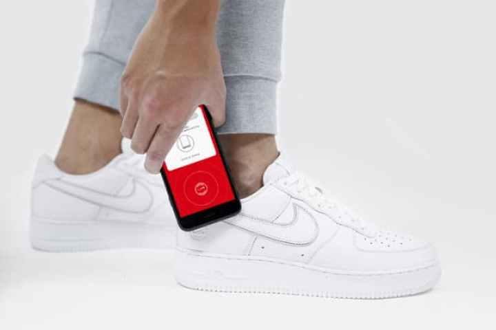 - nikeconnect 1 720x720 2 - ทำความรู้จัก NFC เทคโนโลยีไร้สายระยะใกล้ที่อุดมด้วยประโยชน์