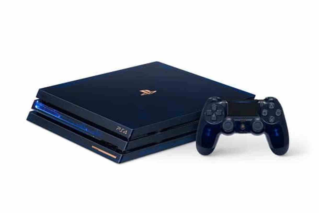 - PS4Pro 500Million LED 2 - Sony เปิดตัว PS 4 Pro รุ่นพิเศษเฉลิมฉลองยอดจำหน่ายเกิน 500 ล้านเครื่อง มาในแบบโปร่งแสงเห็นไส้ใน