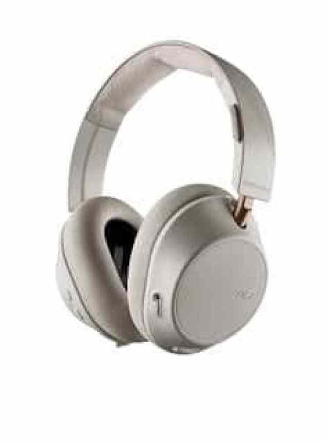"- 167549 BackBeat GO 810 White Hero screen rgb 27APR18 2 - Plantronics ออกหูฟังไร้สายครอบหู ""BackBeat GO 810"" ตัดเสียงรบกวน ควบคุมได้ผ่านแอป"