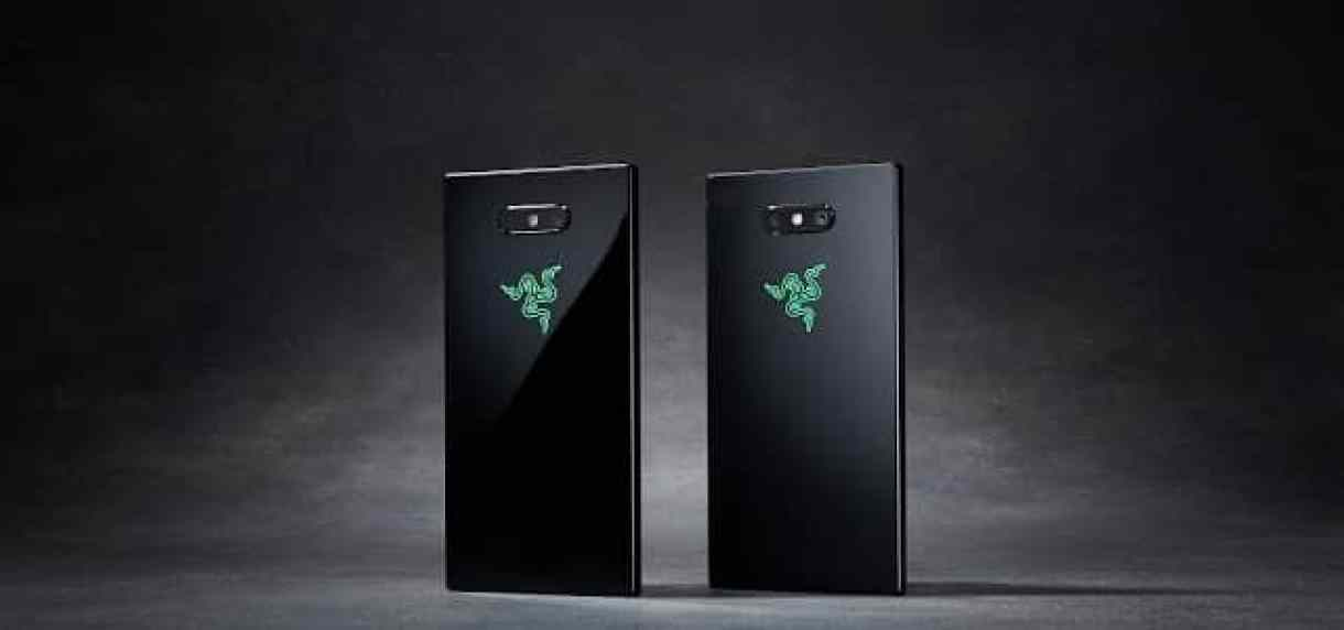 - phone c2 usp11 mirror satin desktop 2 - Razer เปิดตัวสมาร์ทโฟน Razer Phone 2 กันน้ำ ชาร์จไร้สาย โลโก้ RGB เปลี่ยนสีได้ AIS นำเข้าไทย