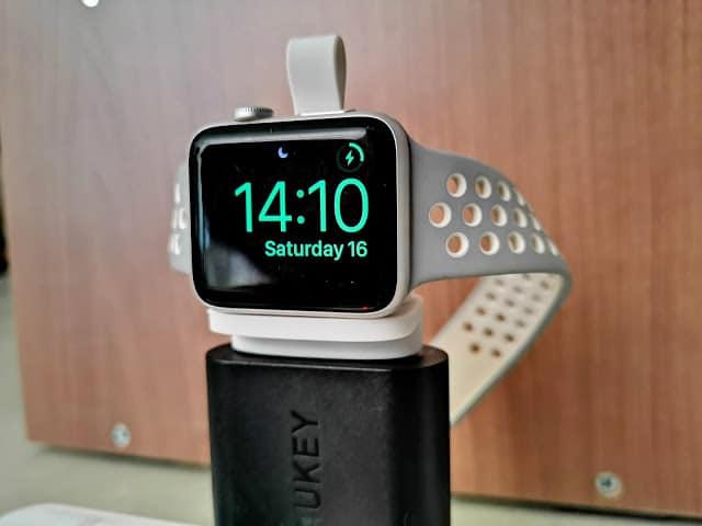 - 2019 02 1614 - รีวิว Ugreen Magnetic Charging Module for Apple Watch แท่นชาร์จฉบับพกพา