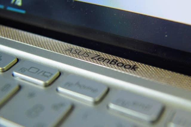 - OI00000928129 - รีวิว ASUS Zenbook 15 UX533FD แล็ปท็อปจอขอบบางเฉียบ สวยงามจนต้องเหลียวมอง