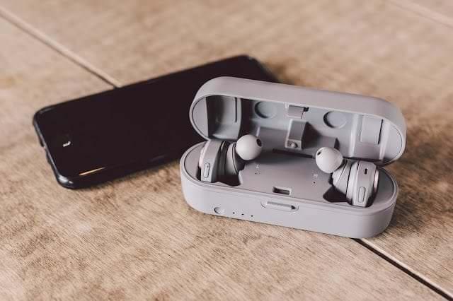 - Pic ATH CKR7TW Lifestyle 11 - Audio – Technica ลงตลาดหูฟัง True Wireless ดีไซน์สวย เสียงไพเราะ