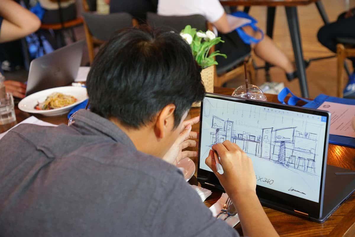 HP ประเทศไทย เผยโฉม HP ENVY x360 รุ่นล่าสุด เริ่มต้น 29,990 บาท 4