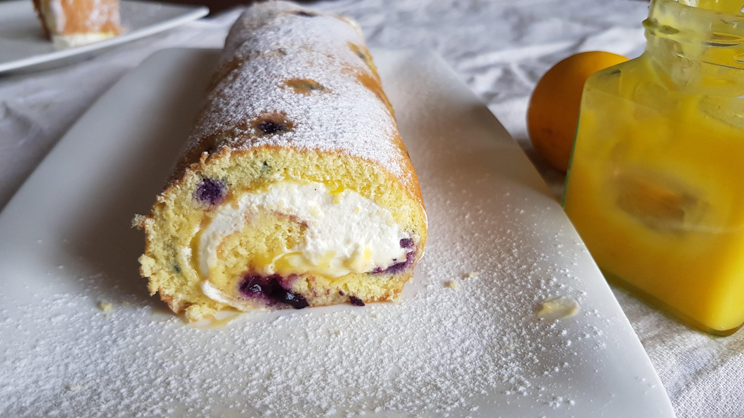 Blueberry & Lemon Swiss Roll