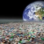 Пластмасова планета