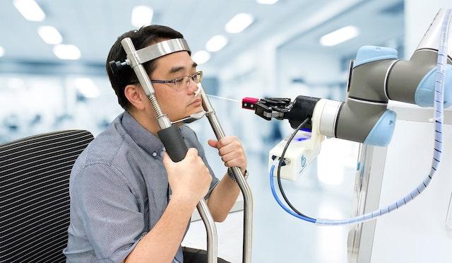 Universal Robots Cobots Swab Test Healthcare