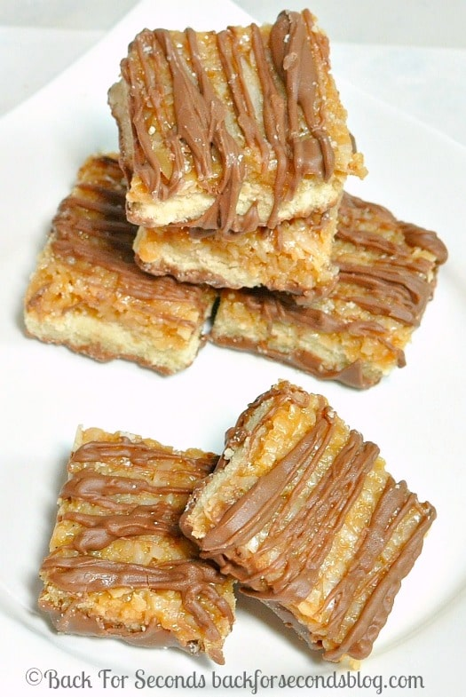 Samoas Copy Cat Recipe - Just like the Girl Scout cookie in an easy to make bar! @backforseconds #girlscoutcookie #samoas #dessert