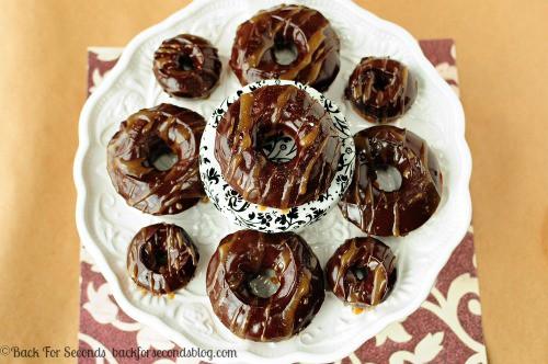 Salted Caramel Mocha Donuts https://backforseconds.com  #recipe #chocolate #donuts #starbucks