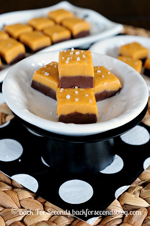 Forget Salted Caramel, this Salted Butterscotch Chocolate Fudge is AMAZING!!! #fudge #halloween #fall