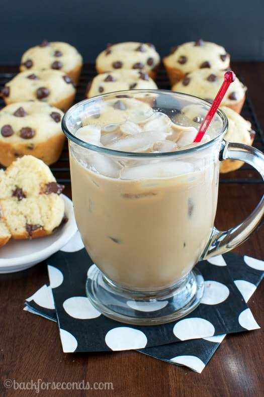Iced Coffee and the BEST Chocolate Chip Muffins  #MyIcedCafe