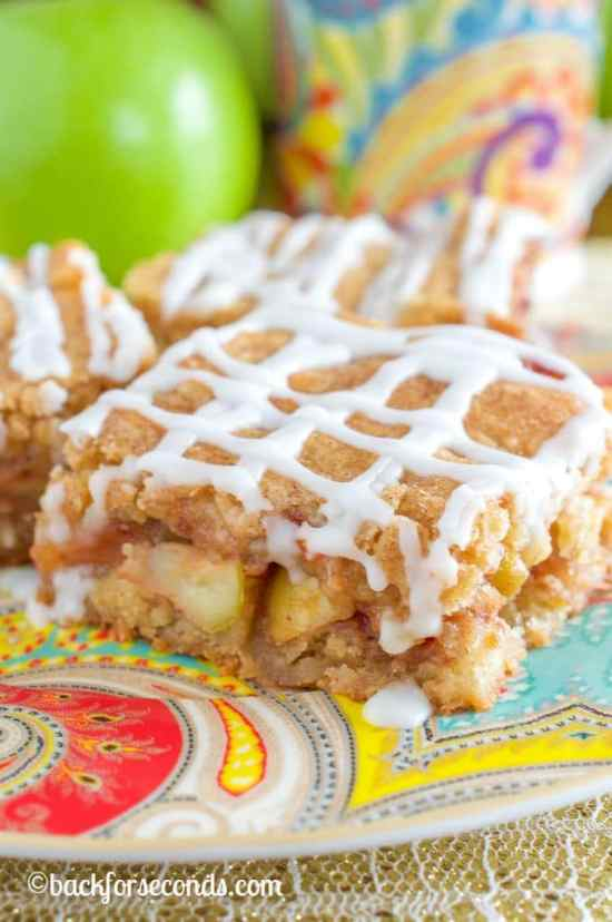 Snickerdoodle Apple Pie Bars - An Absolute MUST MAKE!!
